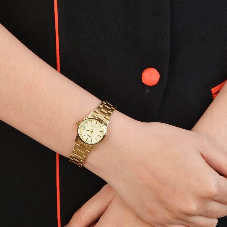 ... жінок Годинник Casio LTP-V002G-9A (А).    9ddd489a00e15